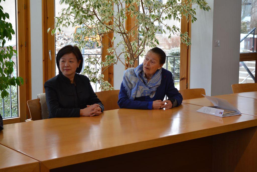 Guo Wei consul de Chine à Lyon en visite au Chambon sur Lignon